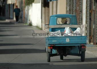 Blue 3 wheel car