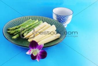 Asparagus and corn on a plate