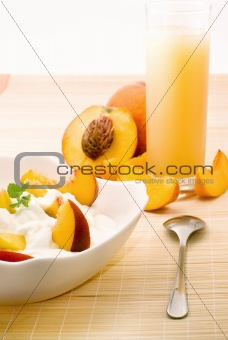 Breakfast in Peaches colors