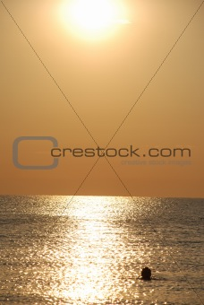 Water, decline, beauty, rest, magnificence, open space, light to float, sun, sea.
