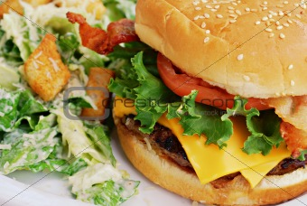 Bacon cheeseburger Lunch