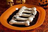 Halloween meringue bones