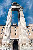 column on rome forum