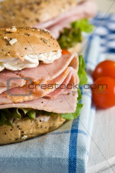 Close up of a fresh bagel with honey roasted ham