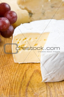 Brie, stilton and grapes