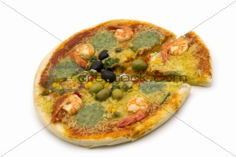 slice pizza with shrimp