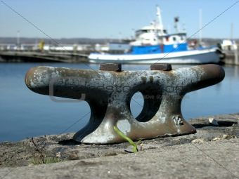Cast Mooring Post