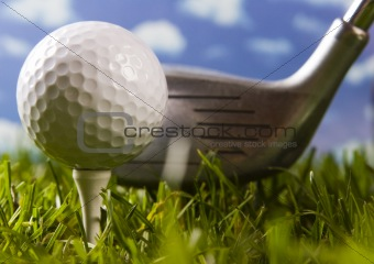 Close up of a golf ball on the tee