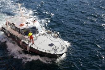 Amulnce boat