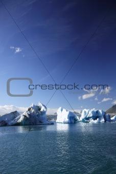 Large icebergs