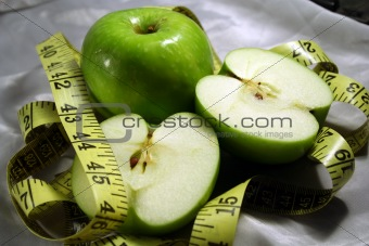apples fruits & measuring tape