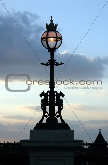 A River Thames Street lamp