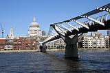 Milleneum Bridge