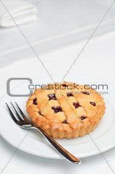 small cherry pie