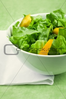 Green salad and peppers