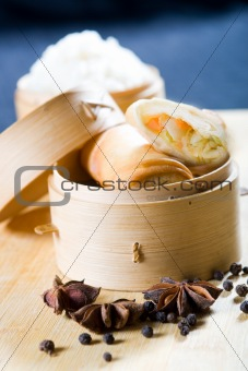 chinese spring roll and spice