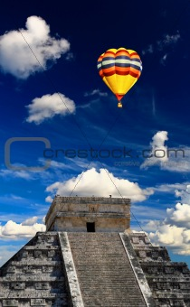 The chichen itza temple