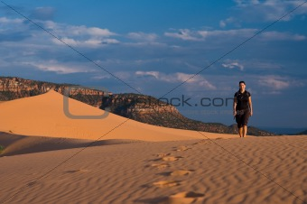 Hiking Coral Pink Sand Dunes