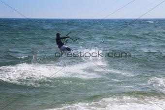 Kite surfer makes a splash