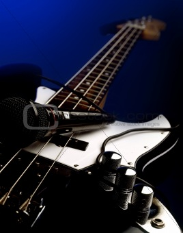 Bass & Michrophone