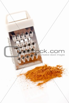 Powder of cinnamon and grater