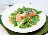 Boiled salmon with sugar-peas and rice