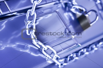 Chain and computer