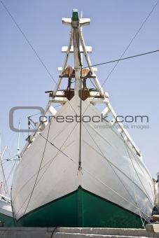 Schooner bow
