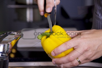 Cleansing a yellow pepper