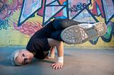 woman breakdancing