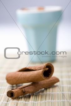 Cinnamon sticks and cup.