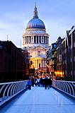 St. Paul's Cathedral London at dusk