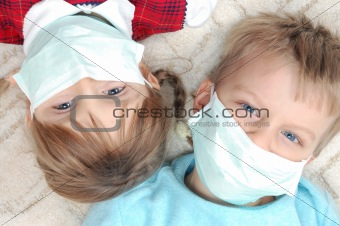 kids with madicine protective masks