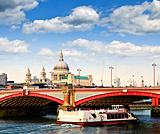 Blackfriars Bridge and St. Paul&#39;s Cathedral, London