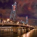 Night view of the Steel Bridge in Portland, Oregon