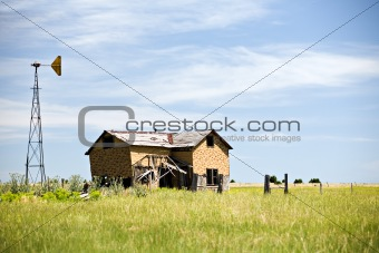 abandoned house in rural usa