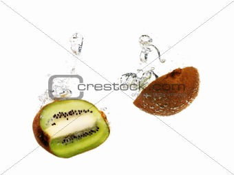 kiwi fruit in water