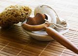 Massager, pumice & sponge