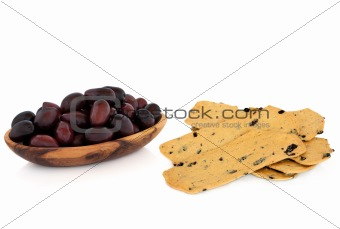 Olives and Cracker  Snack