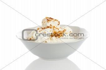 Bowl with icecream