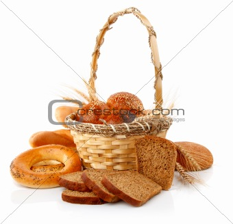 fresh bread with corn in the basket