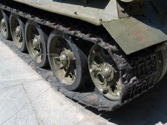 caterpillar track T-34