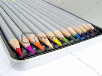 12 color pencils