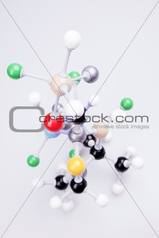 Molecular Chain model with flasks
