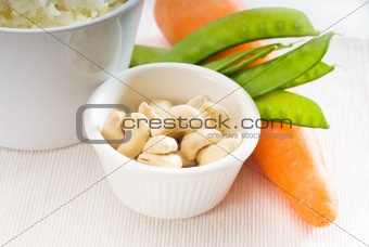 cashew nuts and vegetables