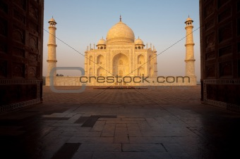 Empty Taj Mahal Sunrise Through Gateway
