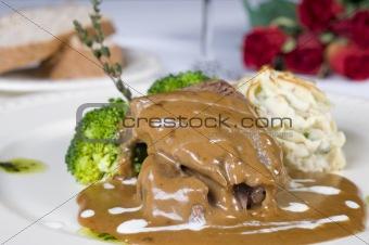 Camel steak in gravy a la carte meal