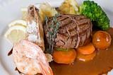 Surf 'n' turf a la carte meal