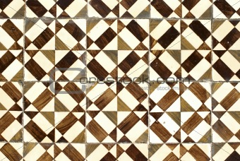 Portuguese glazed tiles 038