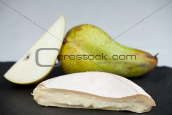 camembert cheese and pears